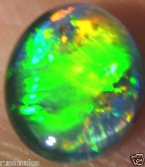 AUSTRALIAN GEM OPAL FOR JEWELRY PENDANT OR RING 9x7mm
