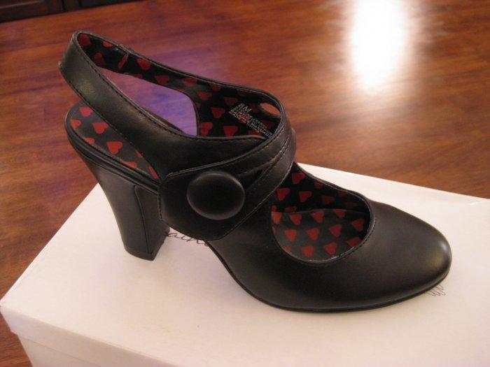 Saints and Sailors Womens Black Strap Heels - Size 8M