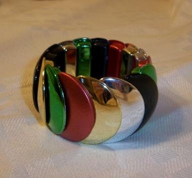 Vintage Design  Plastic Stretch Bracelet  Bangle Multi- color