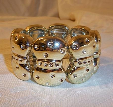 Bow Design Stretch Bracelet Gold