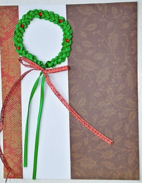 Hollaa holiday card: wreath handmade ang