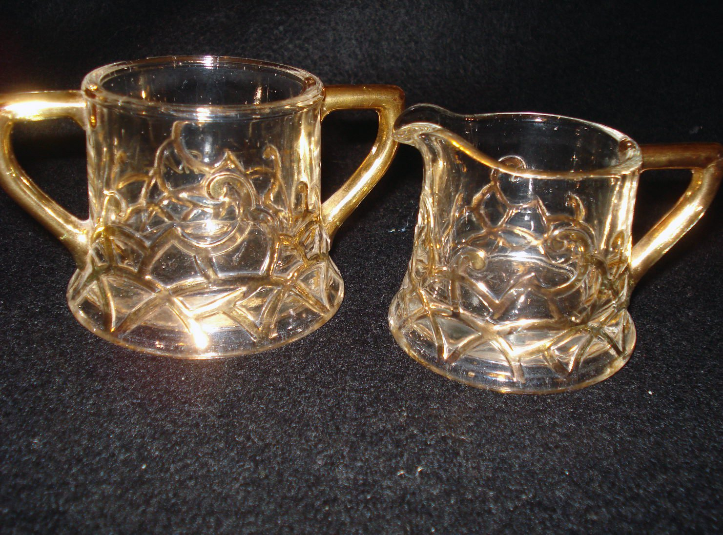Old Westmoreland Filigree Pattern Creamer & Sugar Souvenir Erney, S. D.