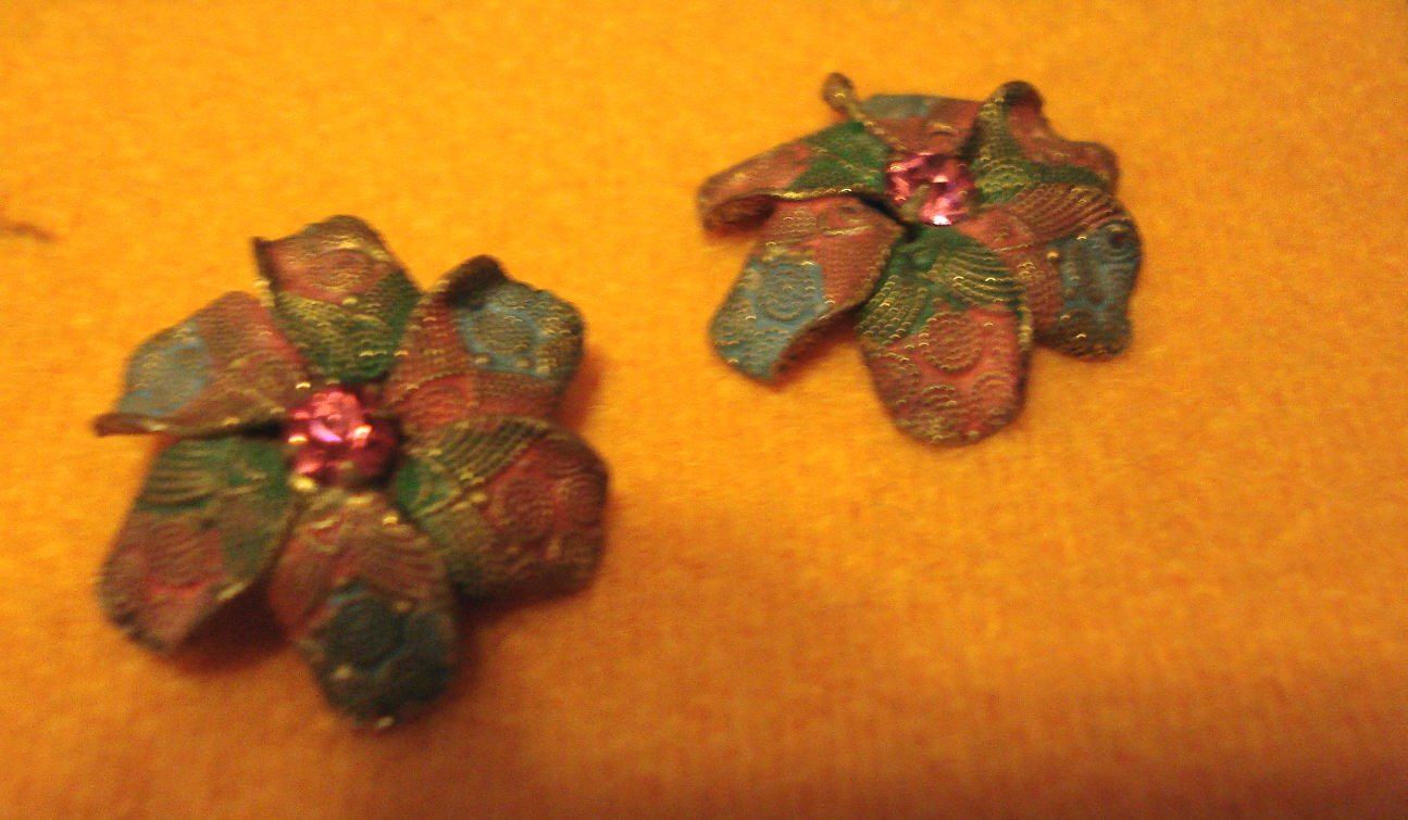 Made In Czechoslov Pastel Colored Flower Petal Vintage Earrings with Pink Stone marked