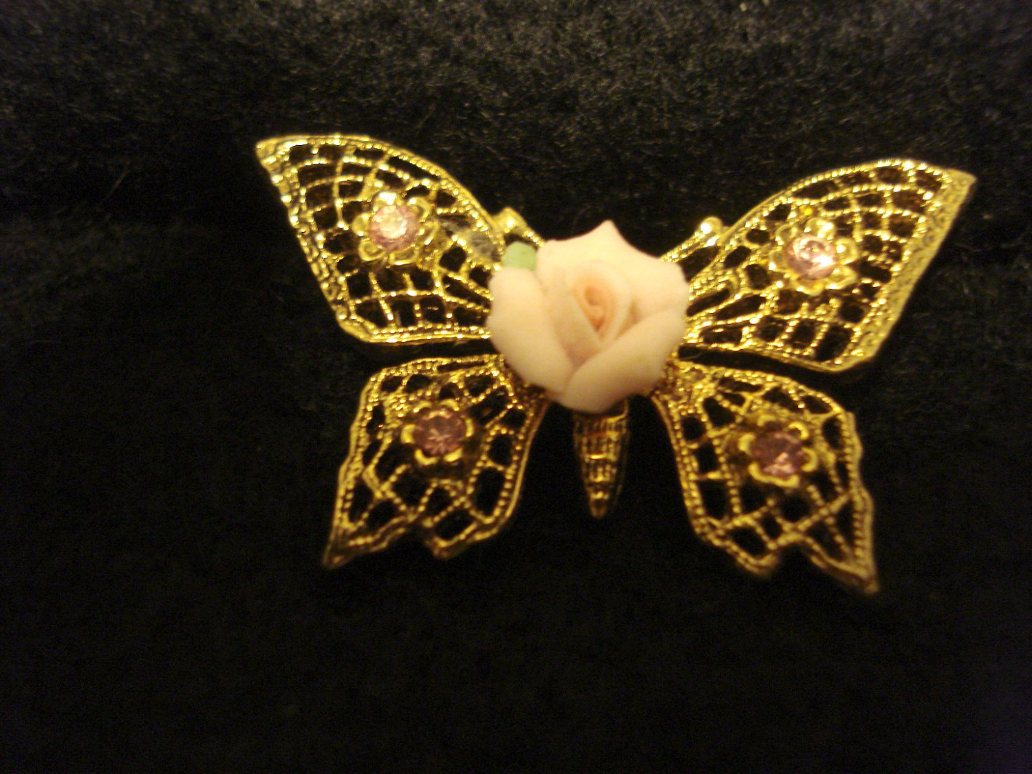 "1890s Brand Butterfly Vintage Pin with Ceramic Pink Rose, 1-3/8"" wide, Gold Color"