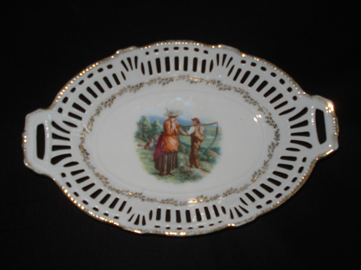 """Reticulated 9.5"""" Oval Bowl with Farmers Transfer, Germany"""