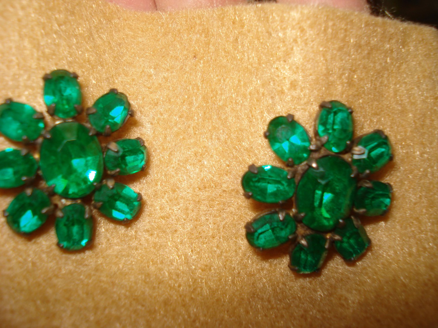 "Beautiful Bright Green Stone Vintage Earrings - Sterling Silver screw on style, 1"" long"