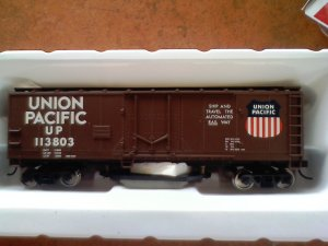 Walthers Union Pacific UP 113803 Trainline Ready To Run HO Scale Model Track Cleaning Car NIB
