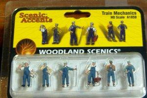 Wood Land Scenics Scenic Accents 6 HO Scale Train Mechanics A1859