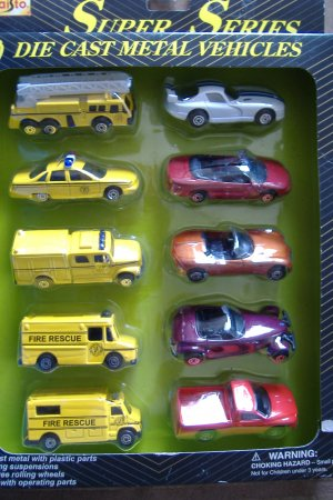 Maisto Super Series 10 Die Cast Vehicles 10 pack