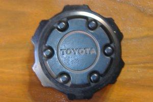 86 - 96 Toyota 4 Runner center Cap 87, 88, 89, 90, 91, 92, 93, 94, 95