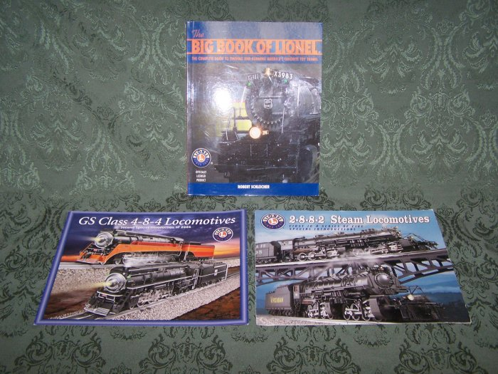 """""""The Big Book of Lionel"""" 240 Pages, 2004 Copyrighted + 2 Leaflets"""
