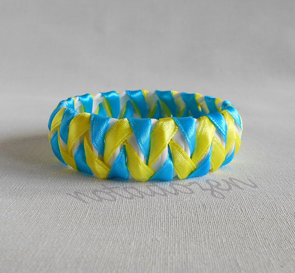 Upcycled Plastic rings of Bottle caps bracelet Blue&Yellow ribbon chevron #34 handmade jewelry
