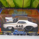 Maisto 1/24 Diecast Car Model MUSCLE MACHINE 1970 OLDSMOBILE 442 WHITE