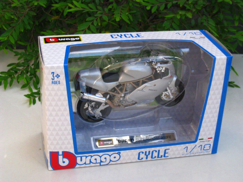 Bburago 1/18 Diecast Motorcycle Ducati Supersport 900FE (SILVER)