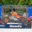 Welly 1/18 Diecast Motorcycle 1978 Honda Gorilla Z50J Orange
