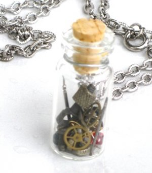 STEAMPUNK - SPARE PARTS NECKLACE - Watch Parts Wheels Gears Cogs- NEO VICTORIAN