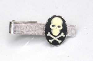 Steampunk SKULL & CROSSBONES Gothic  Men Tie Bar Clip