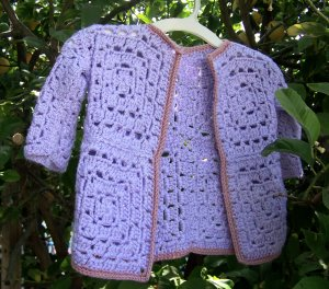 Julie's Lifestyle: Granny Square Baby Sweater
