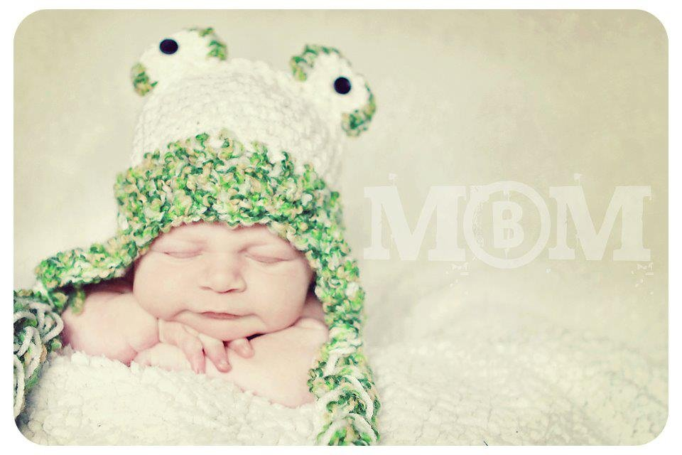 Frog Beanie newborn baby boy or girl  hat  photo props photography