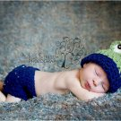 newborn hat and diaper cover frog set  crochet photo prop Girl