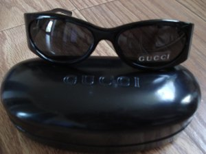 Authentic Gucci Sunglasses 2527/S