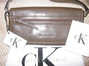 Calvin Klein Logan Green Leather Handbag Purse New