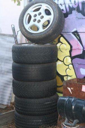 300ZX WHEELS, RIMS (2)
