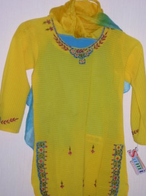 Girls Kurta Shalwar - Different size and colors