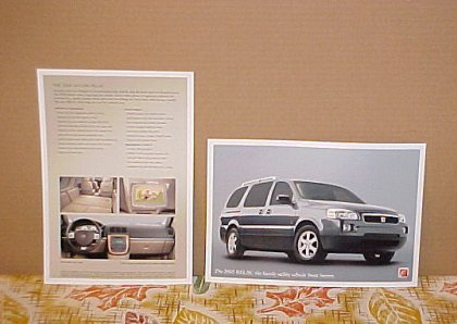 2005 New Saturn Relay Limited Edition Brochure