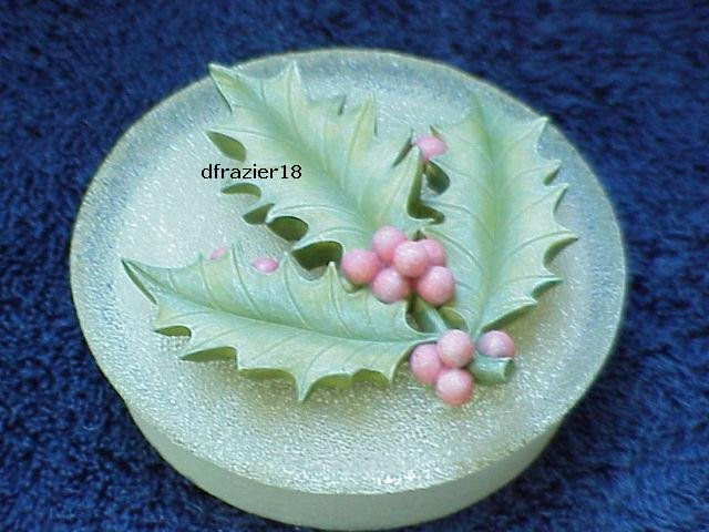 HOLLY FROSTED Jar Candle Topper Berries Leaves Leaf Christmas