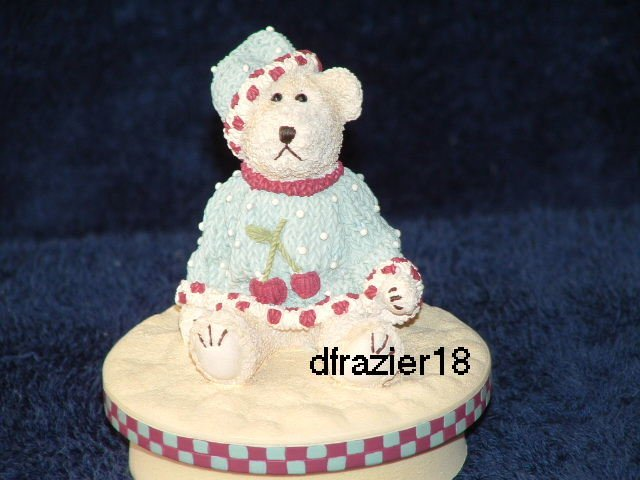 BOY TEDDY BEAR WITH BERRY Jar Candle Topper Berries