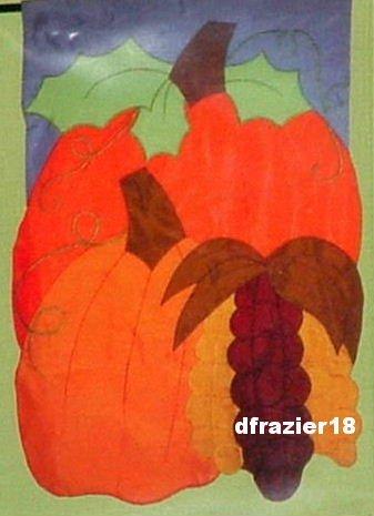 AUTUMN PORTRAIT Toland Decorative Garden Flag Mini Applique Fall Pumpkin
