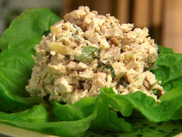 Фоторецепты салаты с курицей и орехами