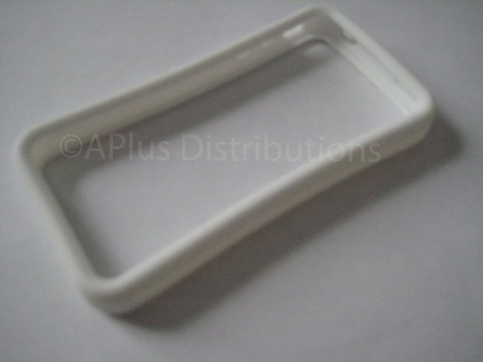 New White Bumper Design Silicone Cover For iPhone 4 - (0114)