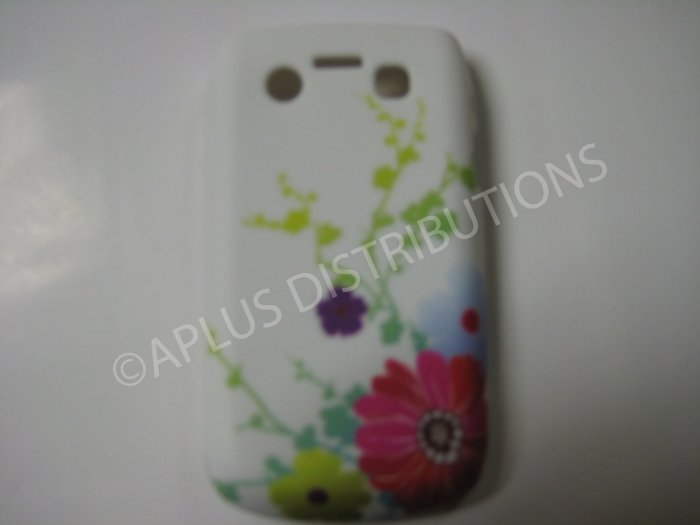 New White Multi Daises TPU Cover For Blackberry 9700 - (0028)