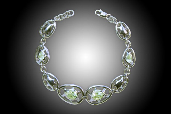 silver Bracelet 18k gold plated with natural Peridots