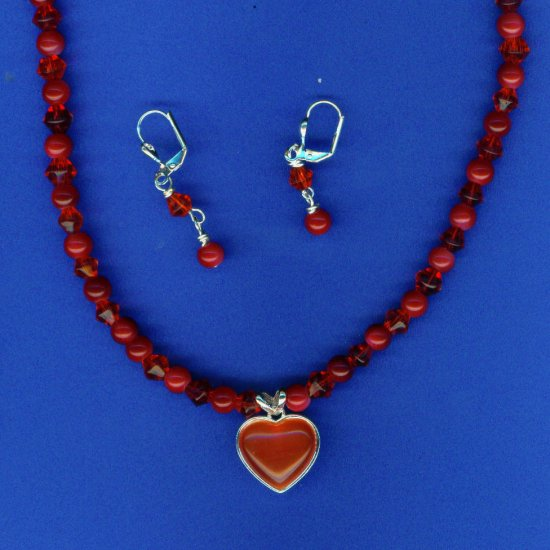 Red Heart Cat's Eye Set