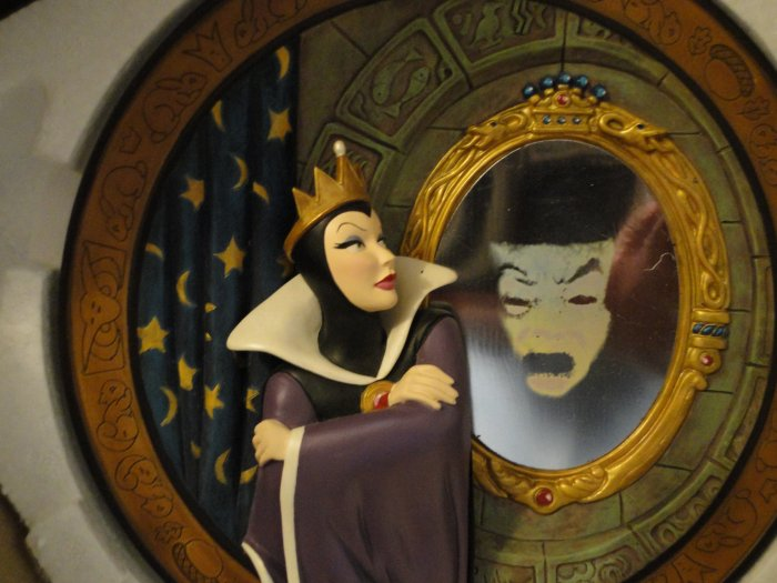 Snow white evil queen plate
