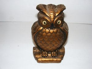 OWL WALL HANGER - AGED ITEM