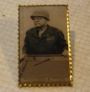 Benjamin O. Davis Sr. stamp pin McDonalds Black Heritage 3121