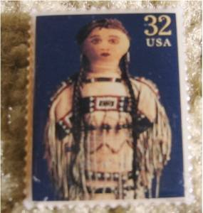 Doll Plains Indian Doll Stamp pin lapel pins hat new 3151g S