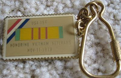 Vietnam Veterans cloisonne stamp key chain 1802kc
