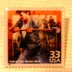 Berlin Wall Falls metal Stamp Pin lapel pins hat 3190k S