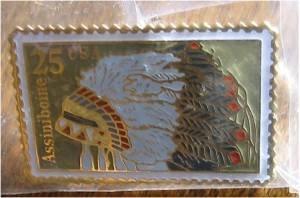 Assinibone Indian Headdress stamp pin lapel hat 2501 S