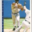 LOU WHITAKER 1993 Score #596.  TIGERS