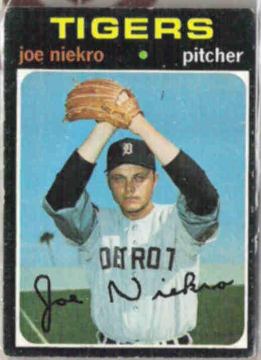 JOE NIEKRO 1971 Topps #695.  TIGERS