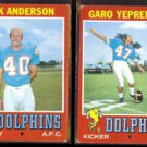 DOLPHINS (2) 1971 Topps - DICK ANDERSON #67 + GARO YEPREMIAN #121.