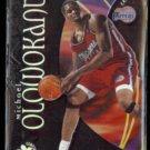 MICHAEL OLOWONKANDI 1998 Skybox EX Century #85.  CLIPPERS