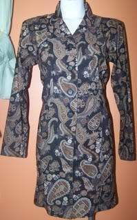 Robert Louis Ladies Small Dresscoat Brown Paisley