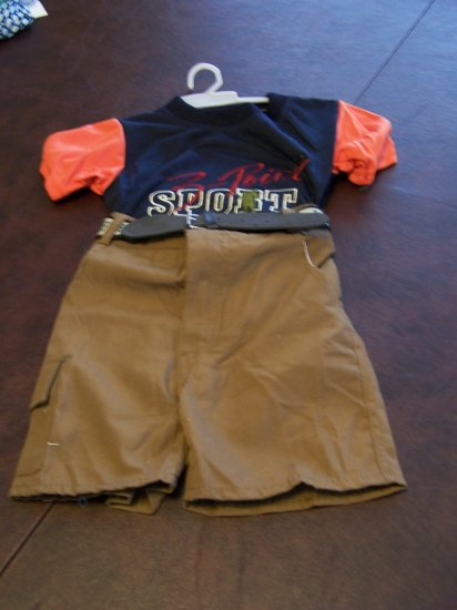 Ha Ha Boys Toddlers 2t Short Set size medium NWOT